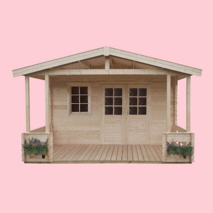 Domek drewniany z tarasem