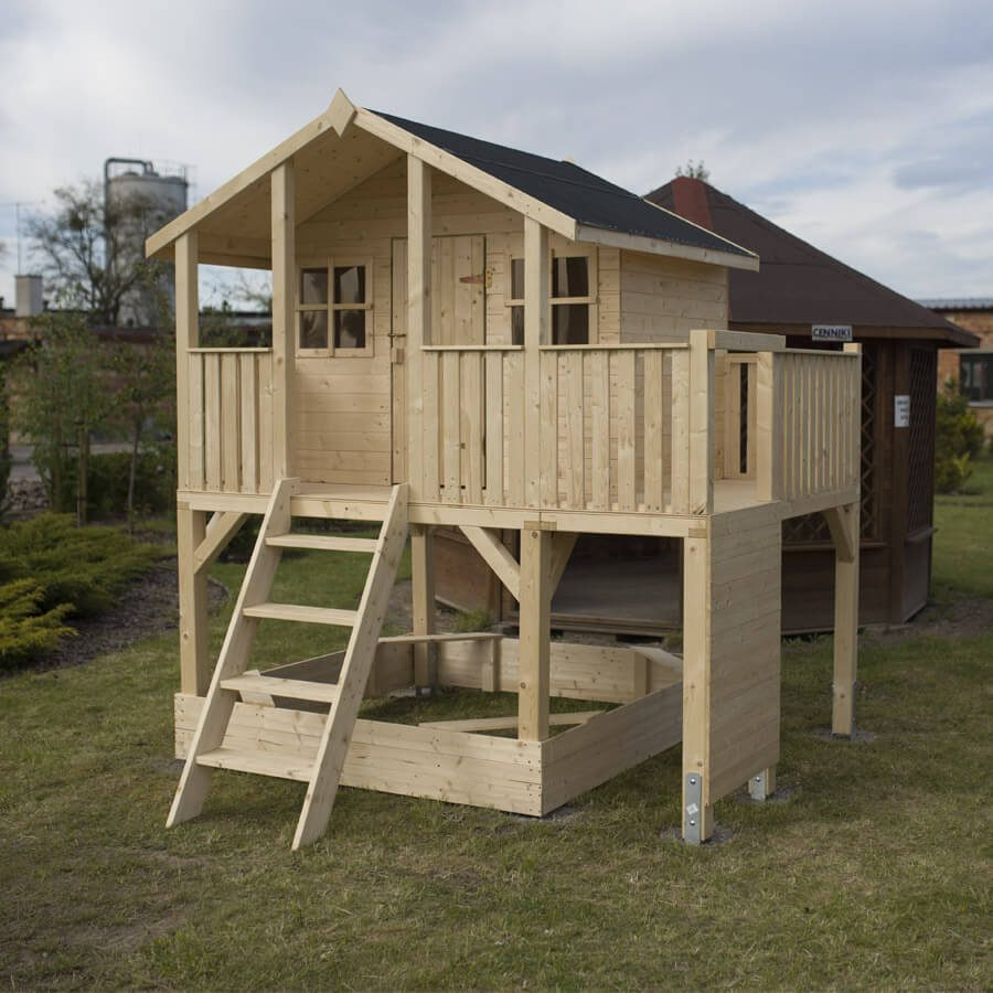 domek dla dzieci z piaskownicą